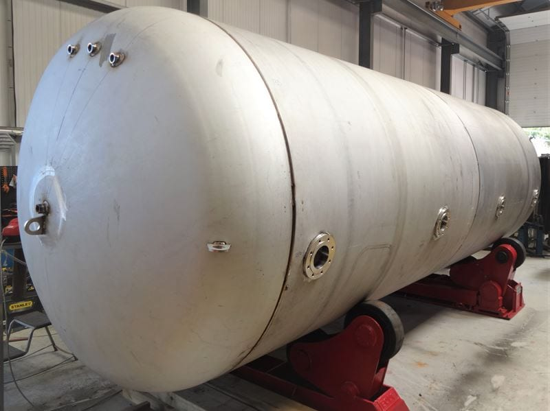 17000-litre-stainless-steel-pressure-vessel-surge-tank-DWI-CPE-UK_(13)