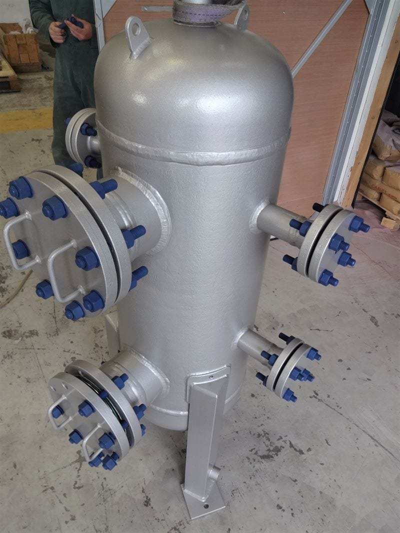 Air-Receiver-Carbon-Steel-U-Stamped-PED-High-Specification (4)