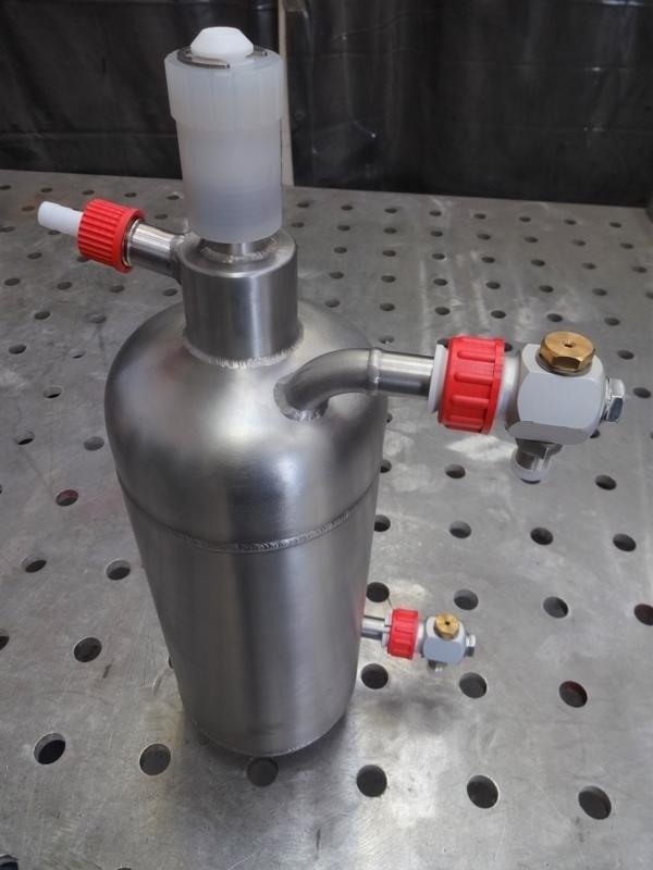 Bespoke-pressure-vessel-stainless-steel-316-polished