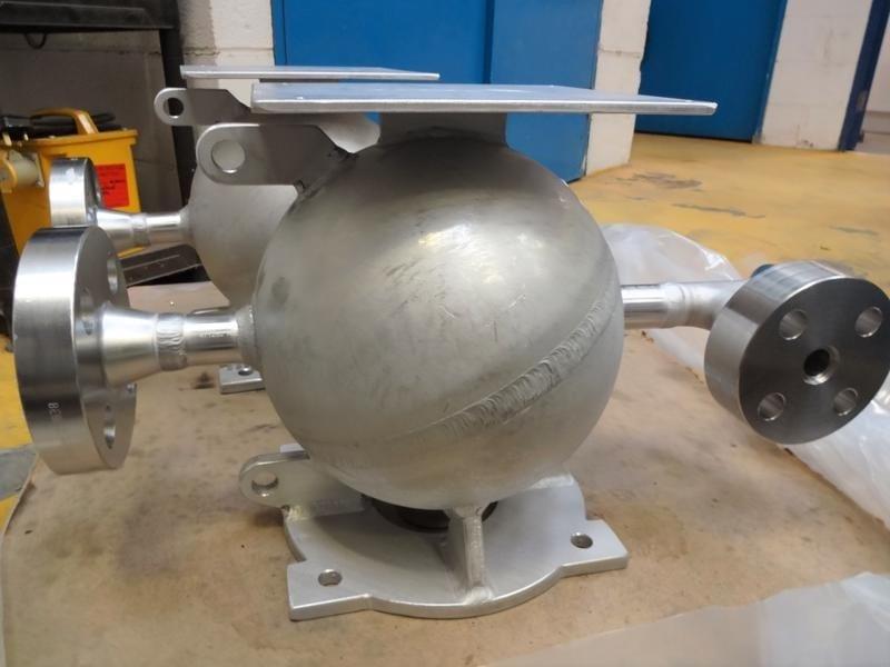 CPE-Bespoke-pressure-vessels-high-pressure-spherical-vessels