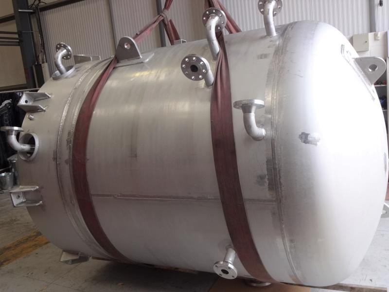 CPE-Pressure-vessels-high-specification-fire-protection-vessel