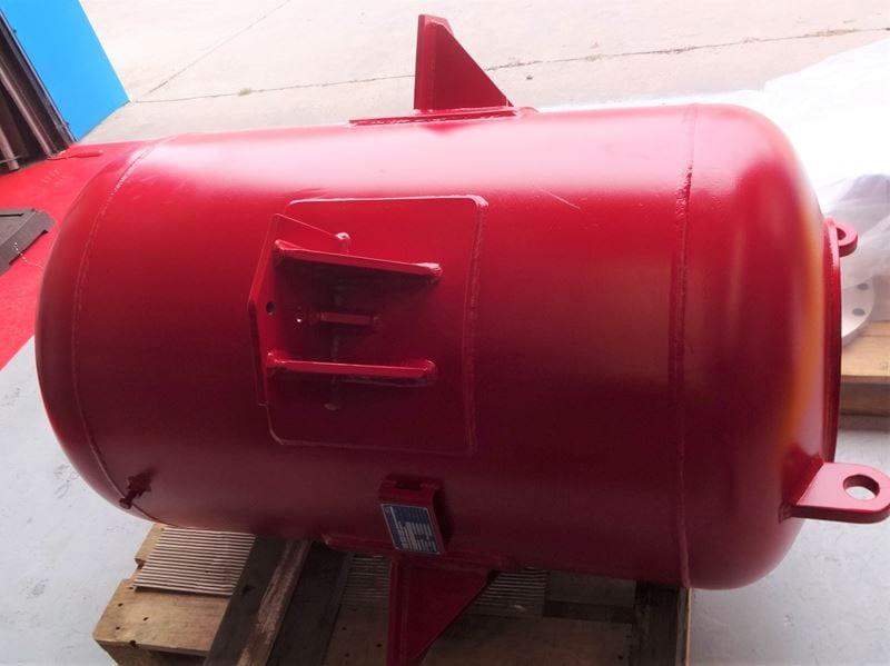 Carbon-Steel-Foam-Tank-Pressure-Vessel-UK-CPE-100-Gallon-Tank (4)