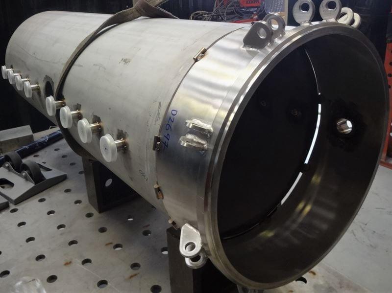 Filling-Bespoke-Pressure-vessel-316L-tri-clamp-ferrules-Tri-clover-connections-T (1)