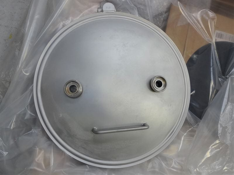 Filling-Bespoke-Pressure-vessel-quick-access-lid-swingbolts-stainless-steel-316--T (4)