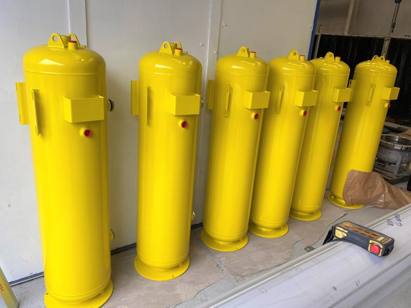 M-Painted-stainless-steel-pressure-vessels-cpe