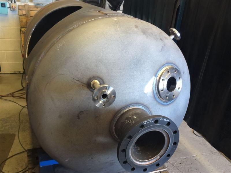 Pressure-Vessel-EN13445-DWI-Carbon-Steel-Surge-Tank-water-CPE-UK (1)