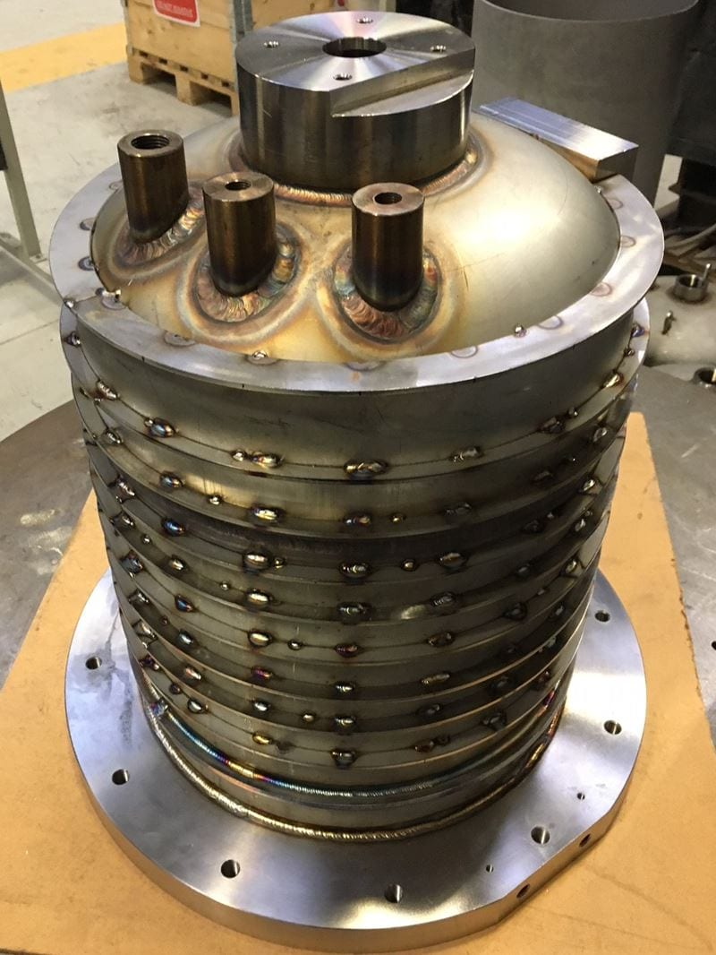 REACTOR-VESSEL-STAINLESS-STEEL-POLISHED-BESPOKE-PRESSURE-VESSEL-CPE-UK (9)