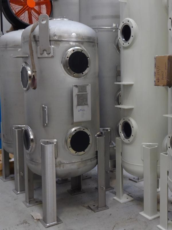 Sea-water-filtration-vessel
