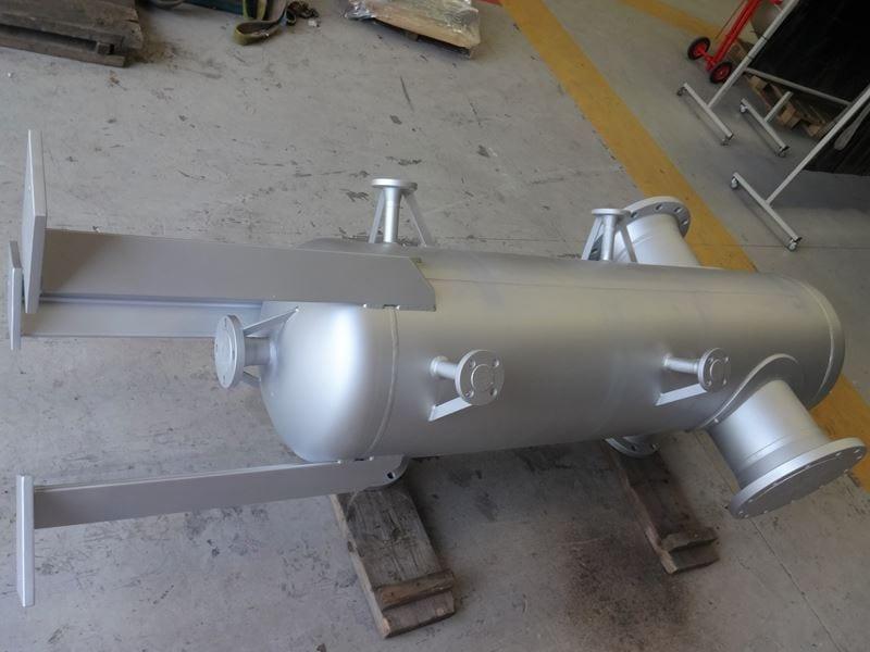 Stainless-Steel-Separator-Vessel-316-345-Litre-Painted-RF-WN-Bespoke-Pressure-Vessel (3)