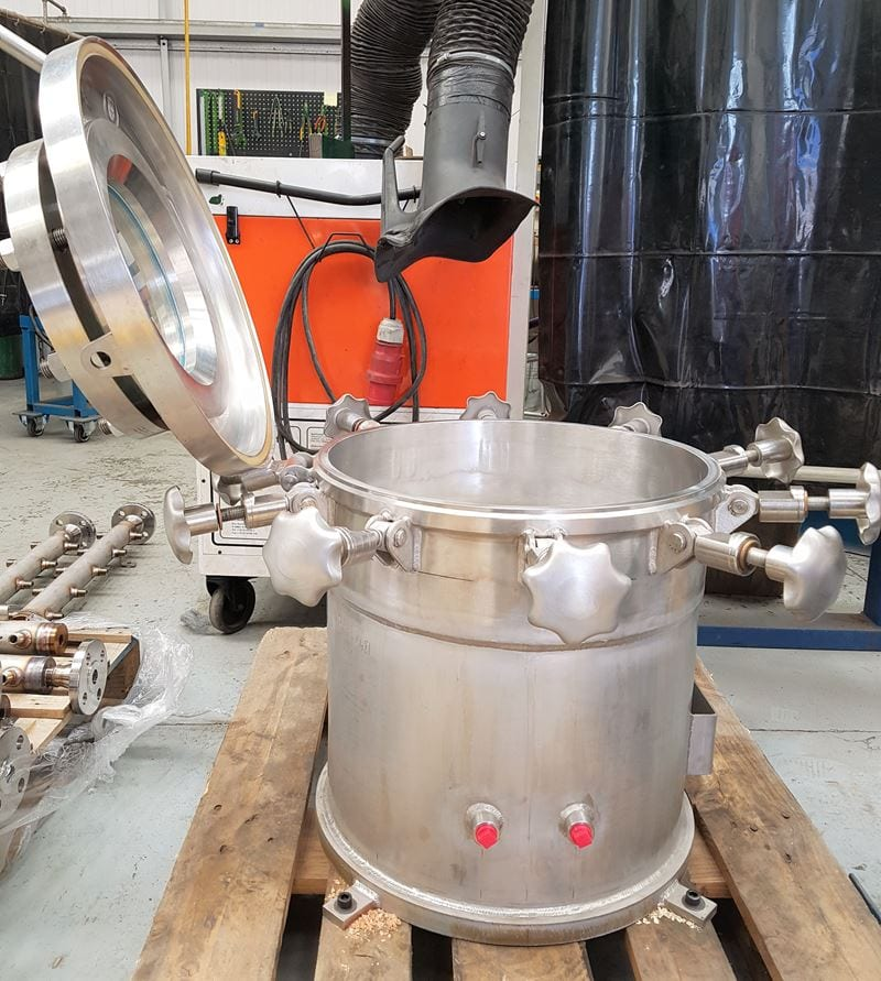 Stainless-Steel-Test-Pressure-Vessel-quick-access-sight-glass-swing-bolt-cpe (1)