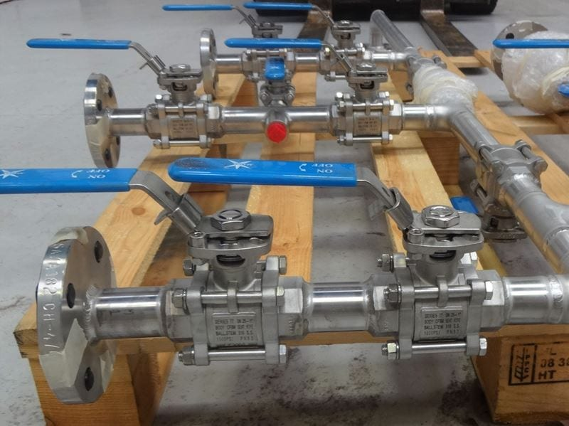 Stainless-steel-316L-pipework-Pressure-system-valves-spools-cpe (1)
