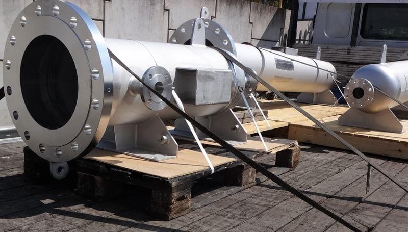 pressure-vessel-heater-Housing-14-Inch-304L-Bespoke-high-pressure-CPE-UK (1)