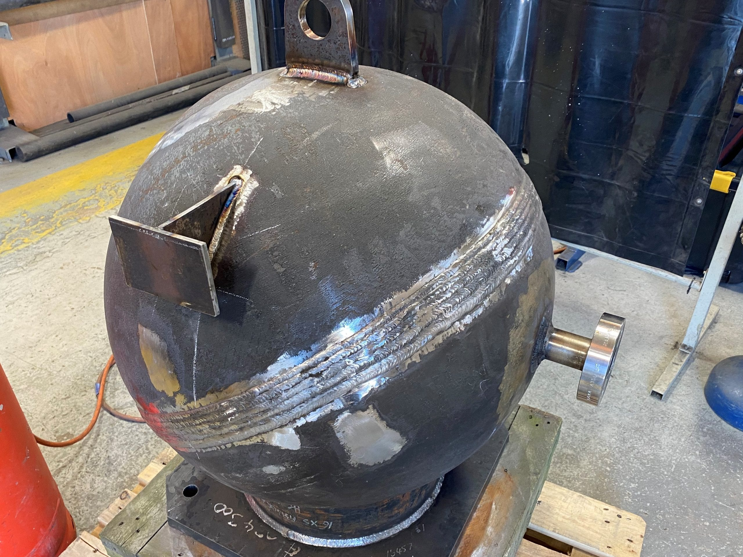 High pressure resonator vessel carbon steel