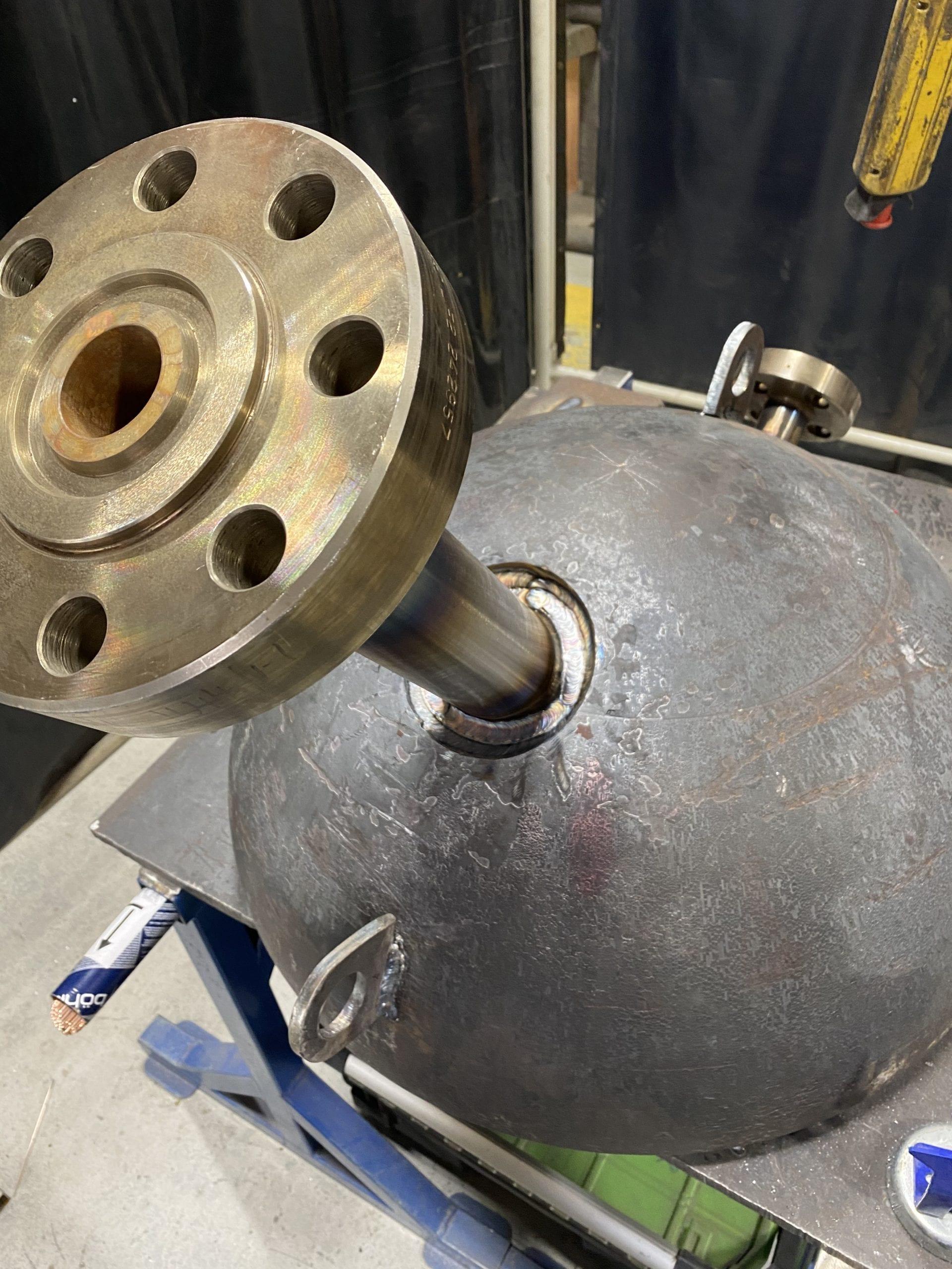high pressure nozzle resonator